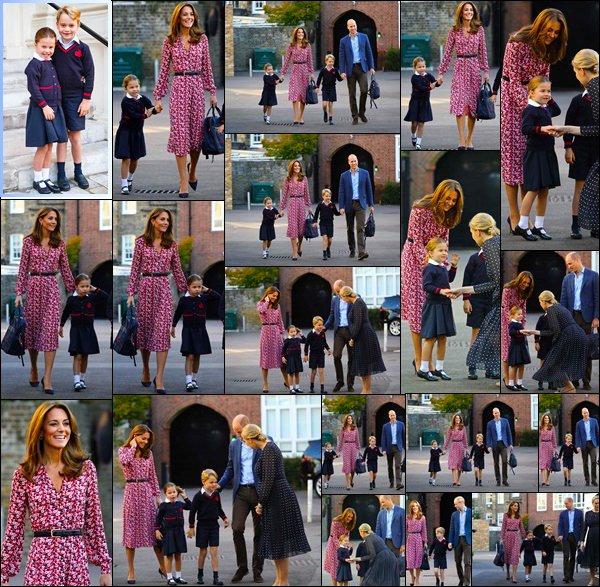 05.09.19[/c ]: Le couple royal ont accompagnés leurs aînées le Prince George et la Princesse Charlotte à Thomas's Battersea à Londres  Kate a accompagner leurs deux enfant à l'école avec William. Il semblerais que Charlotte a décider d'être timide pour cette 1ere rentrée !