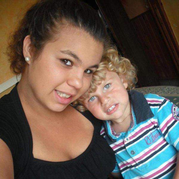 SabrinaLaggouneFarestelli & son Prince