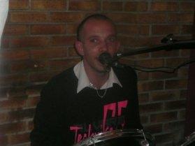 12 Décembre  2011 : Ma chaîne you tube mickamusique disponible