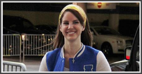 Lana Del Rey au Staples Center pour les Lakers