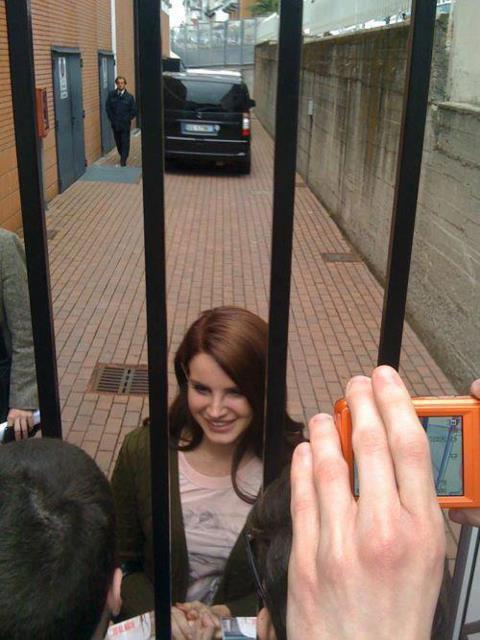 Lana Del Rey dans les Invasioni Barbariche