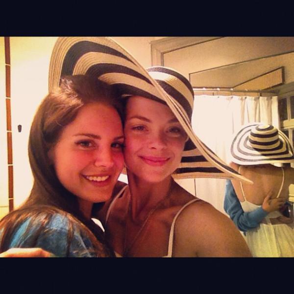 Jaime King et Lana Del Rey #1