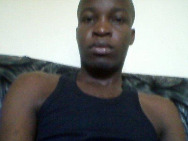 suis ivoirien et fiere de l'être
