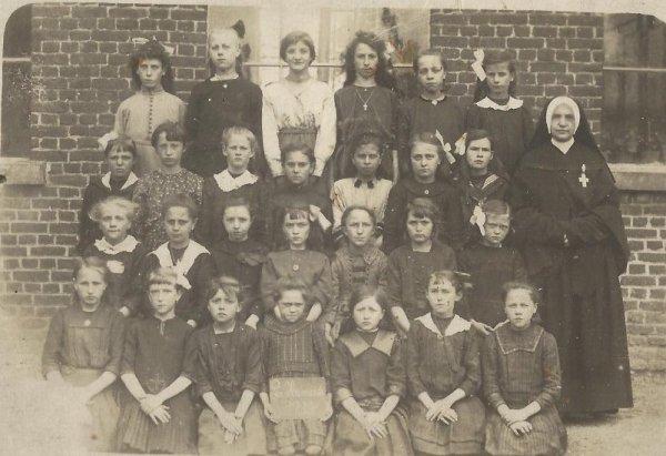LA HAMAIDE - Ecole en 1922