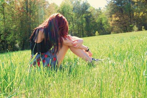 Je sais plus tellement ce que je dois penser, t'aimer ou te détester..   De Amélie.