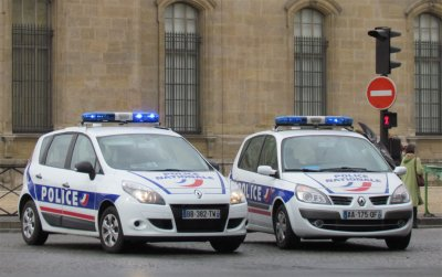 2 Renault Megane Scenic de la Police Nationale