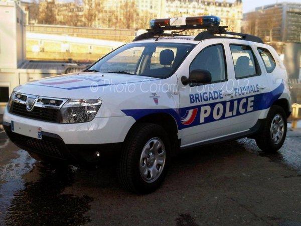 Dacia Duster de la Brigade Fluviale de la Police Nationale