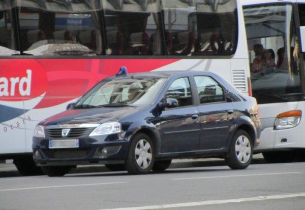 Dacia Logan Banalisé de la Police Nationale