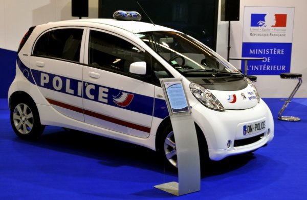 Peugeot Ion de la Police Nationale