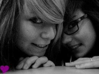 Les amis c'est comme les lunettes, ça donne l'air intelligent, mais ça se raye facilement et puis, ça fatigue. Heureusement, des fois on tombe sur des lunettes vraiment cool