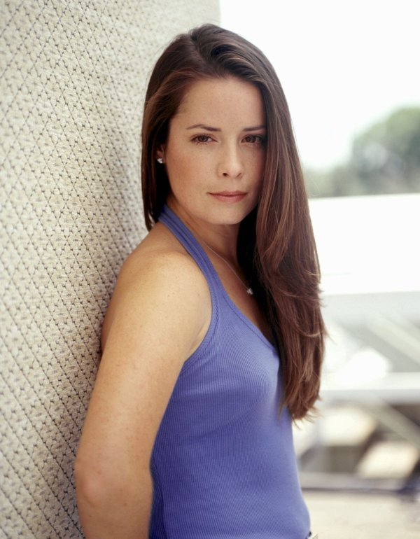 Holly-Marie Combs