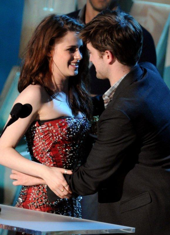 Information :Toutes les news et photos ... sont pris sur Kristen Stewart France