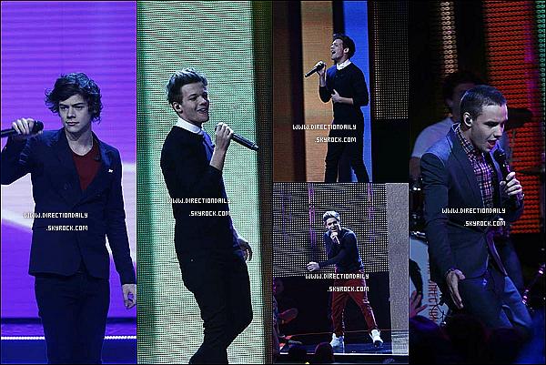 02/11/12 - Les garçons ont chanté WMYB et LWWY à l'émission X Factor en Suède hier soir !