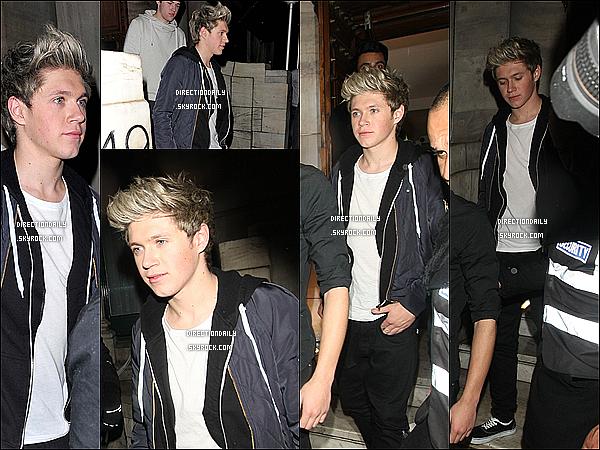 28/10/12 - Zayn et Niall ont été photographié à la boîte de nuit «Aura Mayfair», la nuit dernière.