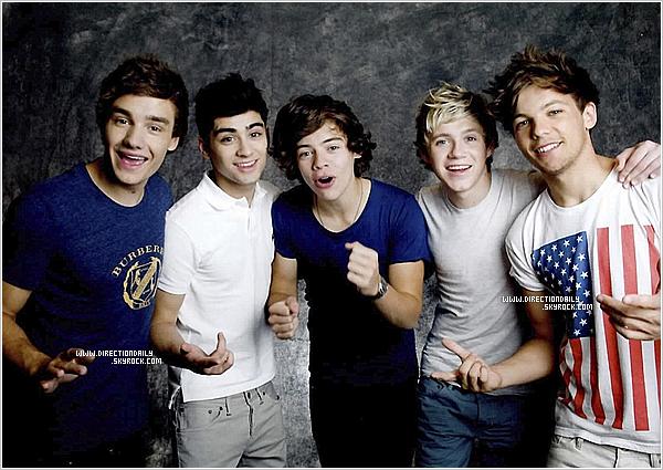 12/08/12 - Photos personnelle de Harry et sa famille au Jeux Olympique + un nouveau photoshoot !