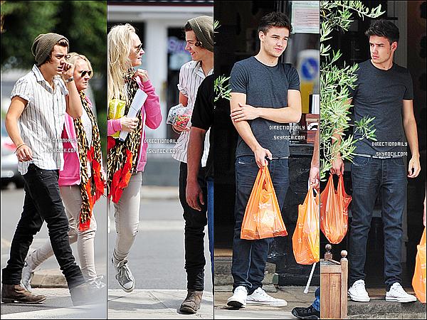 16/08/12 - Liam , Harold & Hélène(coach vocal) ont étaient chez le grossiste « Sainsbury's » à Londres