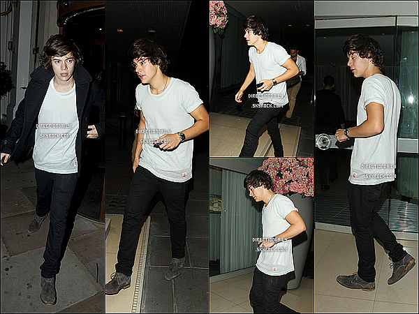 21/09/12 - Harry sortant du « Syco -Party » à Londres  avec son ex Caroline qui était aussi présente