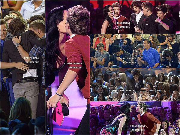 """06/09/12 - Les garçons été présent au MTV Video Music Awards 2012 et ont fait une performance ! Nos petits choux à lacrèmeont gagné 3 awards """" Best Pop Video , Best New Artist et un Most Share-Worthy Video"""" .Ils ont aussi fait une performance en chantant cecélèbrestube One Thing , qui es bien rare a entendre pendant les cérémonie ! + Petit bonus , Katy Perry a embrasser sur la bouche de nos deux petits amours qui Harry et Niall , soyons rageuse !! Voir la vidéo ci-dessous."""