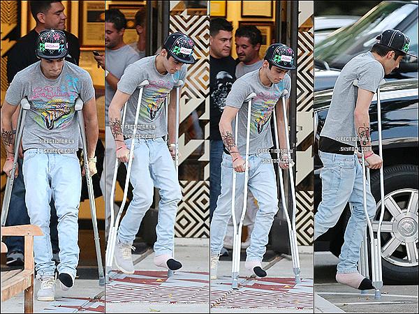 07/09/12 - Zayn et Niall ont été repéré à Los Angeles après avoir fait leur séance photos !