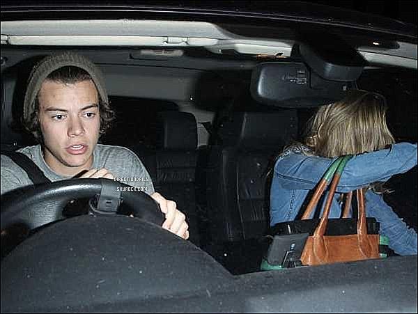 06/07/12 - Harry sortant d'une boite de nuit à Londres avec Caggie Dunlop (mauvaise qualité désoler)