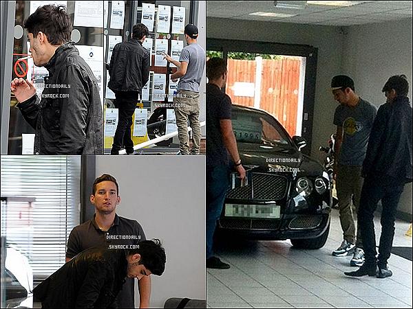 06/07/12 - Zayn et sa cigarette à la main a acheté une Bentley de plus de £ 32.000 !