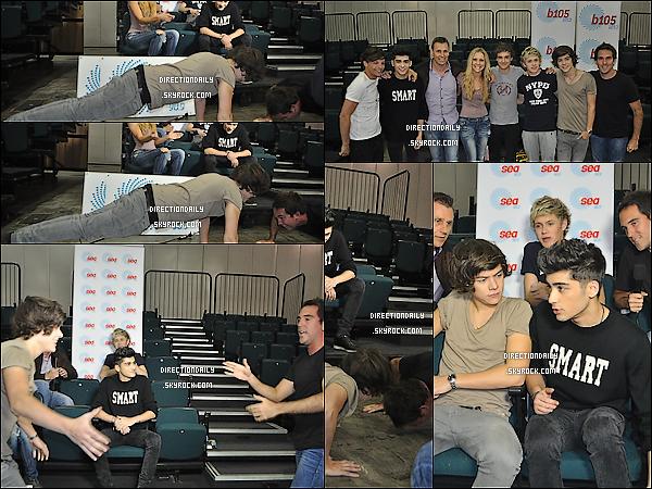 18 Avril 2012 - Dans la journée les garçons ont été interviewer sur 90,9 FM SEA  !