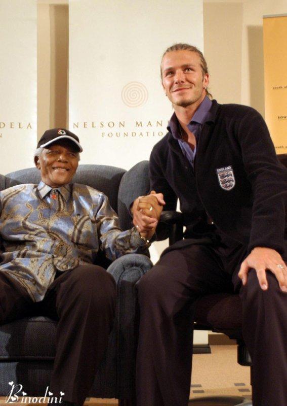 DAVID  BECKHAM  ET  MR NELSON  MANDELA