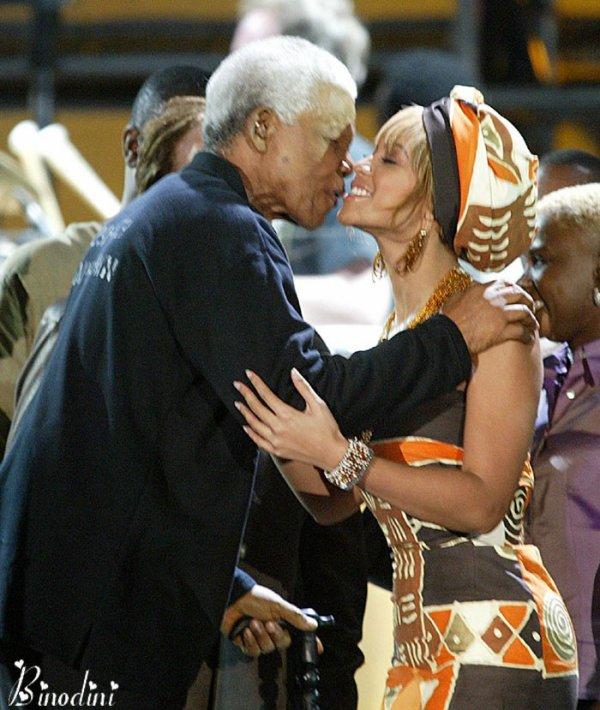 BEYONCE  ET  MR  NELSON  MANDELA