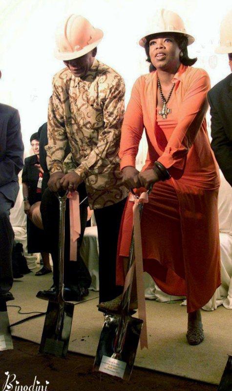 OPRAH  WINFREY  ET  MR  NELSON  MANDELA
