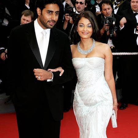 AVRIL 2007 ILS MARIENT ET EN MAI MARCHENT SUR LE TAPIS ROUGE