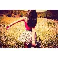 """.""""La simplicité est la voie qui mène au bonheur."""""""