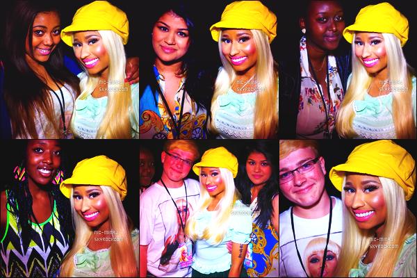-------  25/06/12 :  Nicki Minaj photographiée en show pour sa tournée « Pink Friday Tour » - à  Londres (Royaume-Uni). Photos et videos créditez sur Twitter/Instagram par les fans présent au concert. Et aussi des photos lors des M&G. Top la perruque carré.  -------