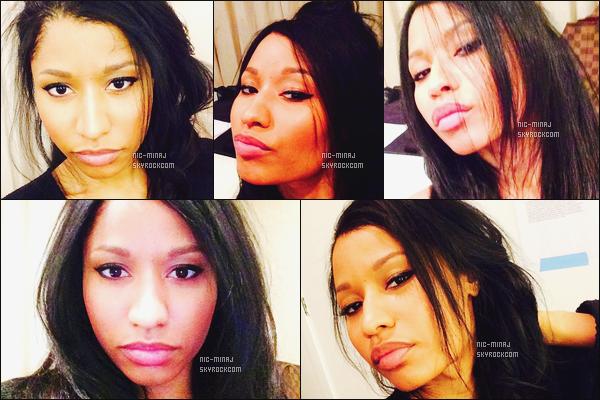 '''''''''''''''''''''' ---------------- DES PHOTOS  DE NICKI SUR LES RÉSEAUX SOCIAUX - MAI 2014.  Quelques selfies  simple  de la miss Nicki, tous comme on aime; je suis completement amoureuse des photos,  j'adore trop  les cheveux.   ''''''''''''''''''''''