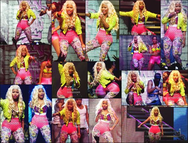 ------- 26/06/12: Princesse Nicki Minaj  photographiée  lors de sa tournée mondiale « Pink Friday Tour » -  Birmingham.  Photos et videos créditez sur Twitter/Instagram par les fans.  Des photos lors des M&G. Elle est toujours habillé avec les memes tenues.  -------
