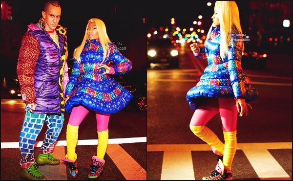-------   Découvrez la pub de Nicki Minaj pour « Adidas » avec le groupe 2NE1 - Juillet 2012.    Je suis  fan de cette pub, la chanson  est Masquerade de Nicki. Je ne suis pas trop fan de ceux que porte Nicki Minaj, cette robe lui va pas.  -------