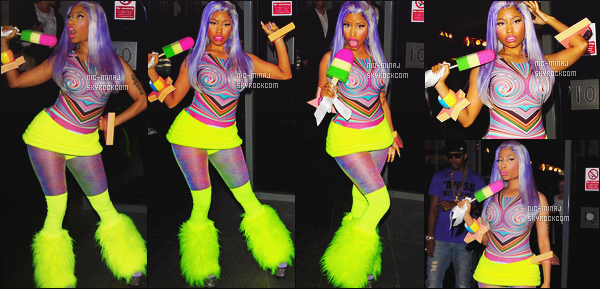 ------- 21/04/12:   Mlle Nicki Minaj photographiée avec Safaree Samuels quittant son hôtel dans la journée - à Londres.  J'aime pas du tout cette tenue trés coloré et flashy de Nicki, je trouve que c'est trop moche même ses cheveux. Top/Flop pour la tenue? -------