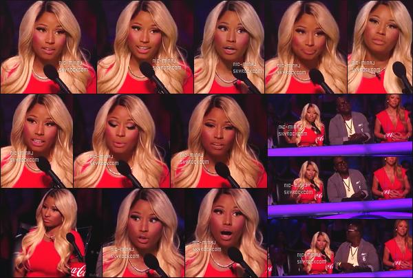 ------- 27/03/13:  Belle Minaj dans son role de juge photographiée lors d'un prime pour « American Idol »  - à New York.  Nicki porte une robe rouge/orangé moulante et avec une paire de talon simple. Je suis fan de cette perruque.  Top/Flop pour cette tenue?  -------