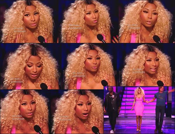 ------- 08/05/13:  Belle Minaj dans son role de juge photographiée lors d'un prime pour « American Idol »  - à New York.   Je suis fan de la robe. Mlle Nicki Minaj porte une robe rose courte moulante, avec une paire de talon tres simple.  Top/Flop pour la tenue?  -------