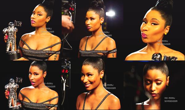 5555  ● ● Découvrez les sublimes photos promo des  VMA2014 de Nicki Minaj - Aout 2014.  Cette cérémonie aura lieu le 24 Aout 2014 à Los Angeles. Nicki fera un show sur Anaconda, She Came To Give It To You et Bang Bang.  5555