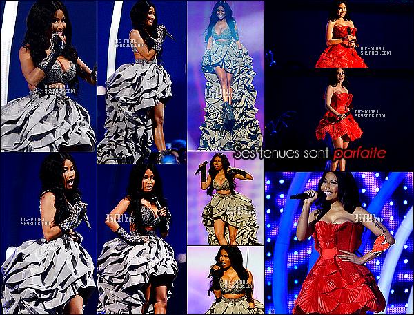 ------- 09/11/14 :  Nicki  photographiée pressentant la grande céremonie « MTV Europe Music Awards » - à  Glasgow. Elle nous a vraiment éblouie Nicki, avec toutes ses tenues différentes, même niveau capillaire, ma préféré est la tenue rouge et vous?. -------[/
