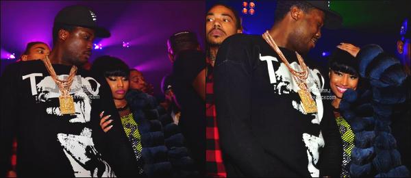 ------- 16/02/15:  Sublime Nicki Minaj vue accompagné de Meek Mill dans la boite de nuit « Webster Hall » - à New York. Nicki Minaj à deja porté ce genre de robe au paravent ( Septembre 2014 ), elle est belle, j'adore trop cette coupe, elle est assez sublime.  -------