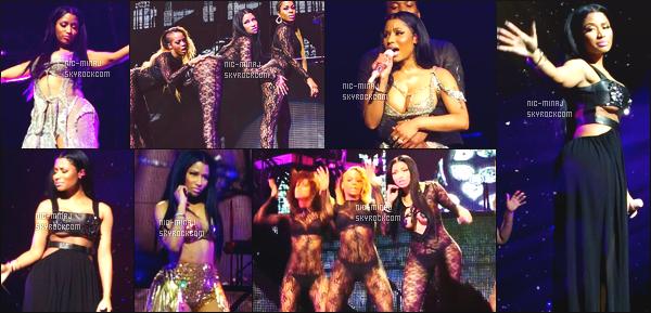 ------- 18/07/15:    La  sublime Nicki Minaj photographiée pendant sa tournée au US « The Pink Print Tour » -  à Houston. Nicki Minaj est vraiment sublime dans ses tenues classe et sexy, je suis vraiment fan de ses tenues et de ses cheveux toujours naturelle.   -------