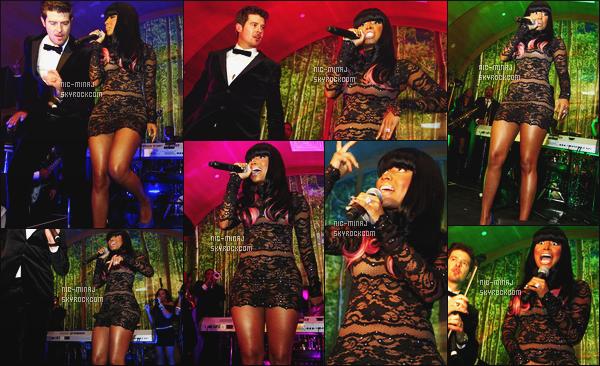 ------- 15/12/09 : Mlle Nicki Minaj photographiée au lancement de l'album « Sex Therapy » de Robin Thicke - New York. Petit top pour la tenue, on dirait une nuisette & je ne suis pas trop fan de cette perruque avec les mèches rose. Tu pense quoi de la tenue? -------