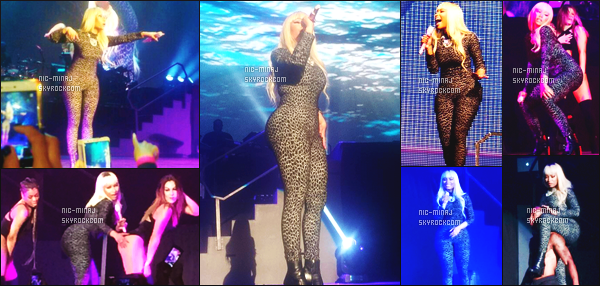 ------- 22/03/16: Mlle Minaj photographiée lors de grande tournée mondiale « The Pink Print Tour » -  Afrique Du Sud.  J'aime beaucoup cette combinaison qui met beaucoup le corps de Nicki en valeur, vraiment au top . Gros top pour cette perruque blonde.   -------