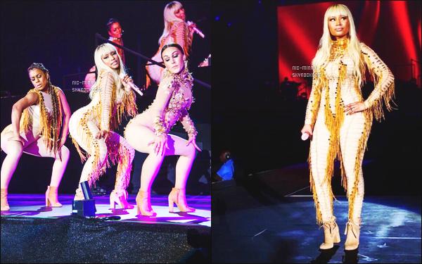 ------- 25/03/16: Mlle Nicki Minaj photographiée lors de sa dernière date de tournée « The Pink Print Tour » - à Dubai.  Nicki porte une seule tenue, j'aime beaucoup la tenue qui fait indienne, j'aime sa couleur qui va bien à Nicki et avec la perruque blonde.  -------