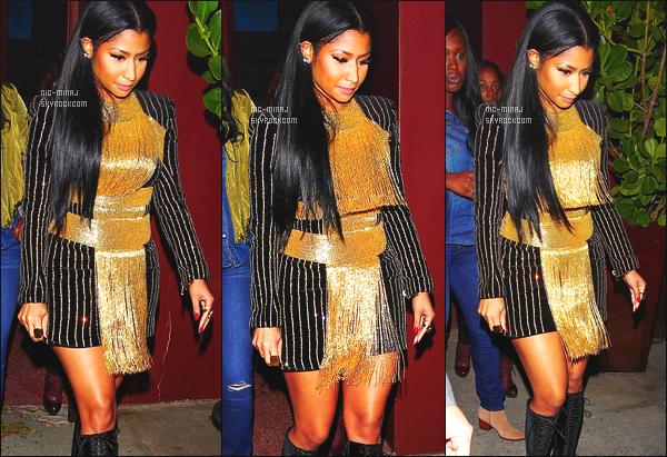 ------- 18/11/15: La jolie Nicki Minaj photographiée quittant le restaurant « Crustacean » avec des amis -  Los Angeles. J'aime beaucoup la robe Balmain sur Nicki Minaj, cela lui va tres bien, pas trop fan des franges, j'adore trop la coiffure lisse sur le coté.    -------