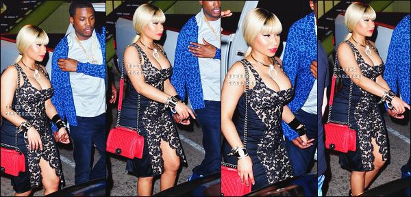 -------  29/06/16 :  Nicki Minaj photographiée  arrivant dans une boite de nuit avec ses amis dans la soirée - Los Angeles. La perruque blonde attaché je sature, je trouve que cela lui va pas bien. Je deteste cette tenue qui fait nuisette. Je n'aime pas du tout. -------