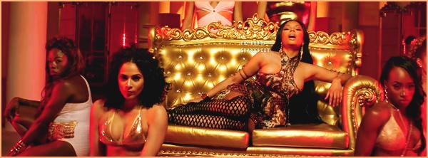 -------   Voici  le clip de   David Guetta avec Weezy et Nicki « Light My Body Up  »  -  Mai 2017.     ~ Extrait de l'album de David Guetta. J'adore beaucoup se clip, Nicki est vraiment sexy j'adore trop ses scenes sur le sofa.  Tres Sexy.  -------