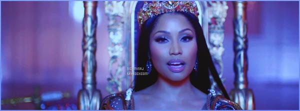 -------   Découvrez  le clip de   Nicki Minaj avec Lil Wayne et Drake « No Frauds »  -  Avril 2017.     ~ Extrait de l'album de Nicki Minaj qui est encore secret. Le clip a ete tourné à Londres. J'aime assez surtout avec cette tenue rouge.  -------