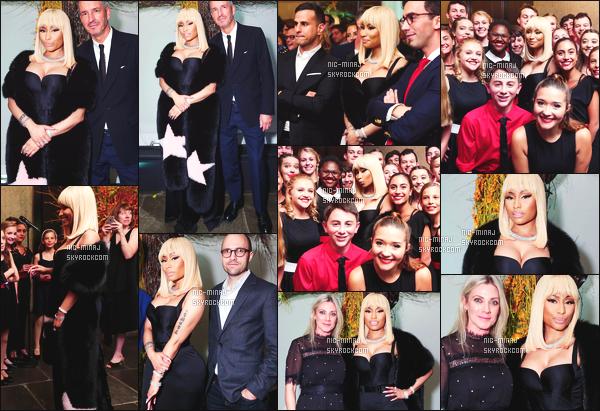 ------- 19/10/17: La princesse  Nicki Minaj   photographiée à la grande soirée lors de l'événement TGreats - à New York.  Nicki  est assez sublime.  Elle est tellement merveilleuse et magnifique. J'adore beaucoup la longue robe noire,  top pour la perruque blonde. -------